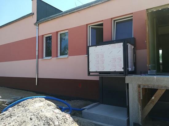 Przebudowa budynku Szkoły Podstawowej w Żarskiej Wsi