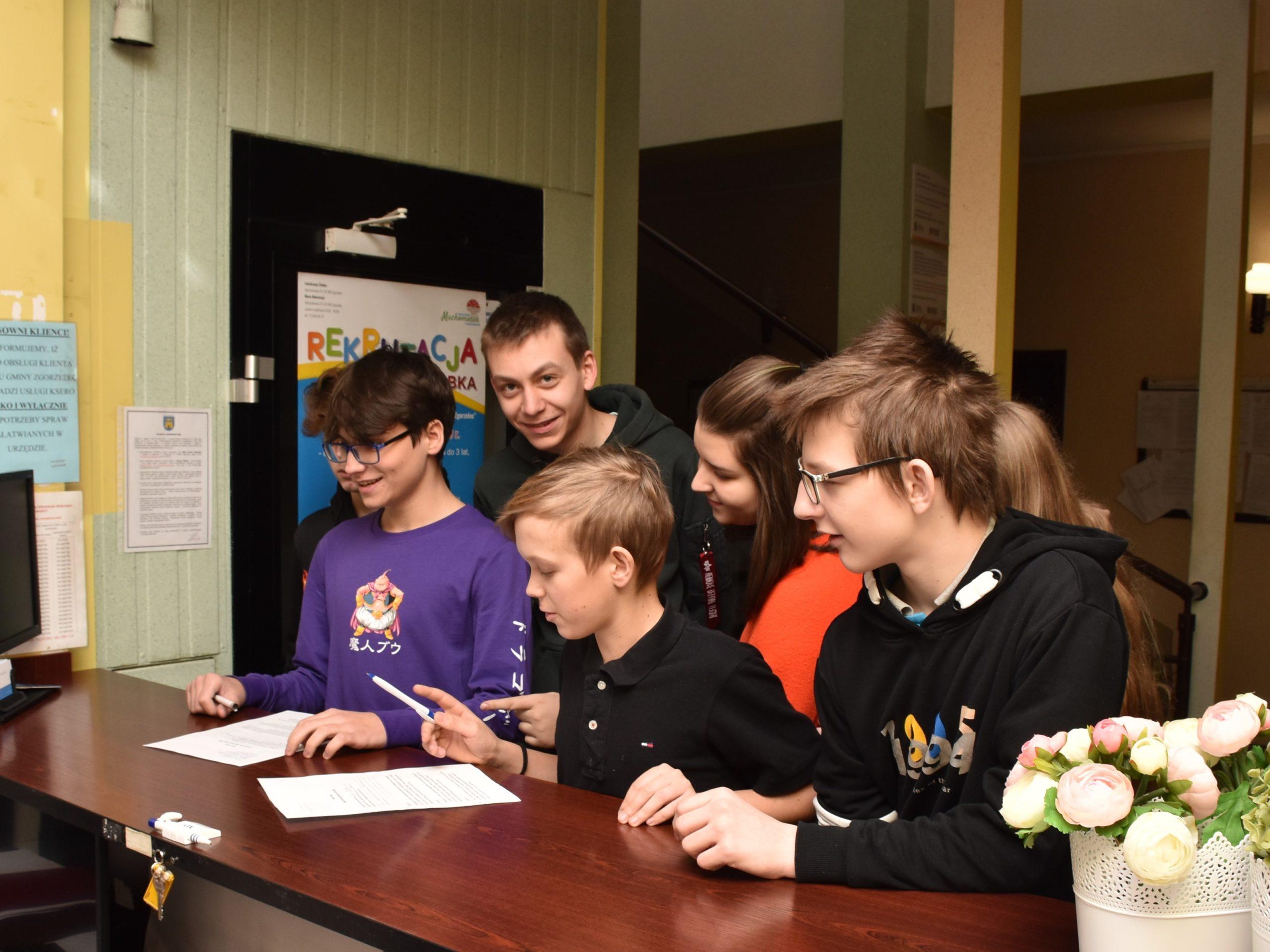 Wizyta uczniów ósmych klas w urzędzie