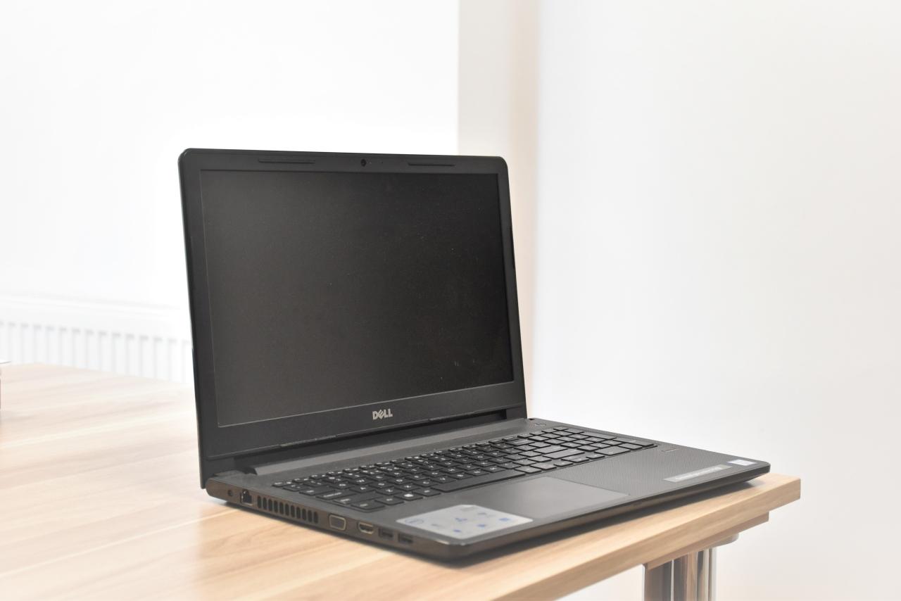 Wypożycz komputer ze szkoły – nowe rozwiązania ułatwiające naukę na odległość