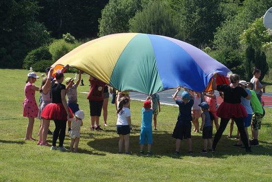 Festyn z okazji Dnia Dziecka w Tylicach i Łomnicy